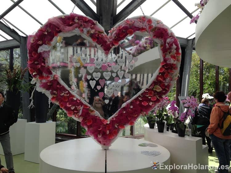 keukenhof corazón flores